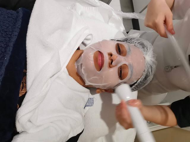 Cryo Therapeutics Treatment with Sheet Mask